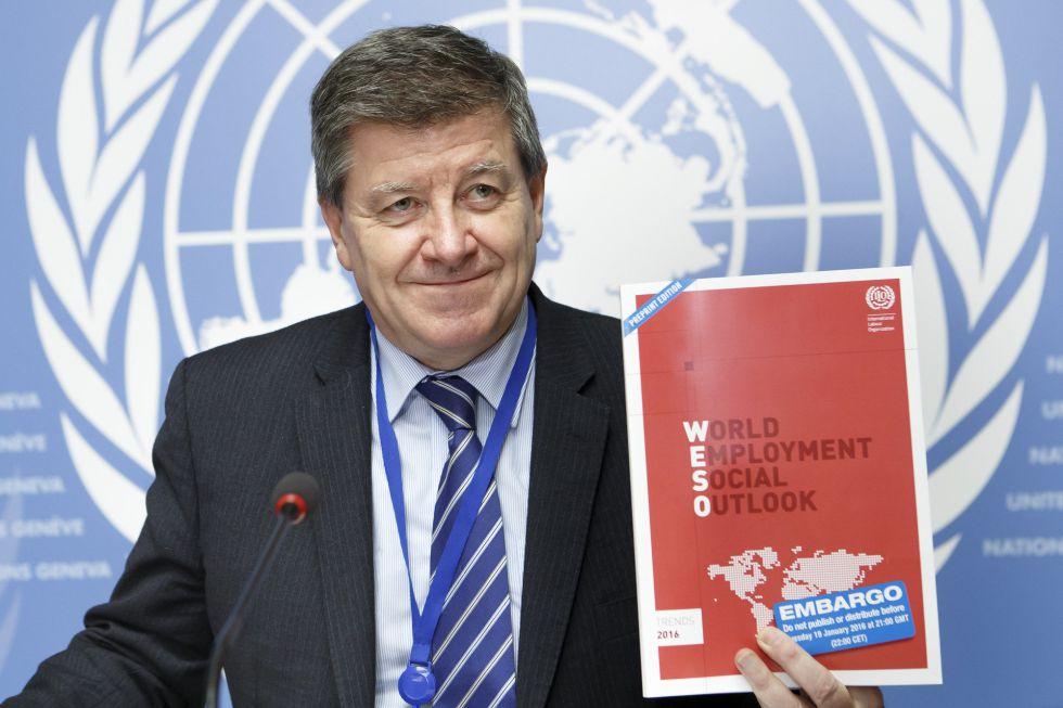 El director general de la OIT , Guy Ryder, durante la presentación del informe Perspectivas sociales y laborales. Tendencias 2016