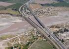 Abertis paga 948 millones para controlar una autopista chilena