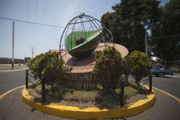 El monumento al aguacate en Tancítaro (Michoacán).