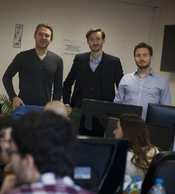 Los fundadores de Get Your Hero: de izquierda a derecha, Henrik Beckmann, Sebastian Janus y Sebastian Gmelin.