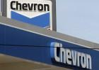 Chevron entra en pérdidas por primera vez en 13 años