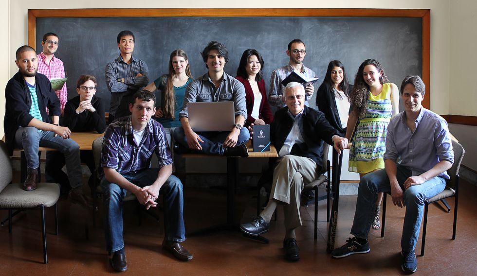 Matthew Ramírez y su equipo de Write Lab.