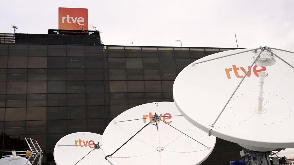 Antenas parabólicas en la ede de RTVE en Torrespaña.