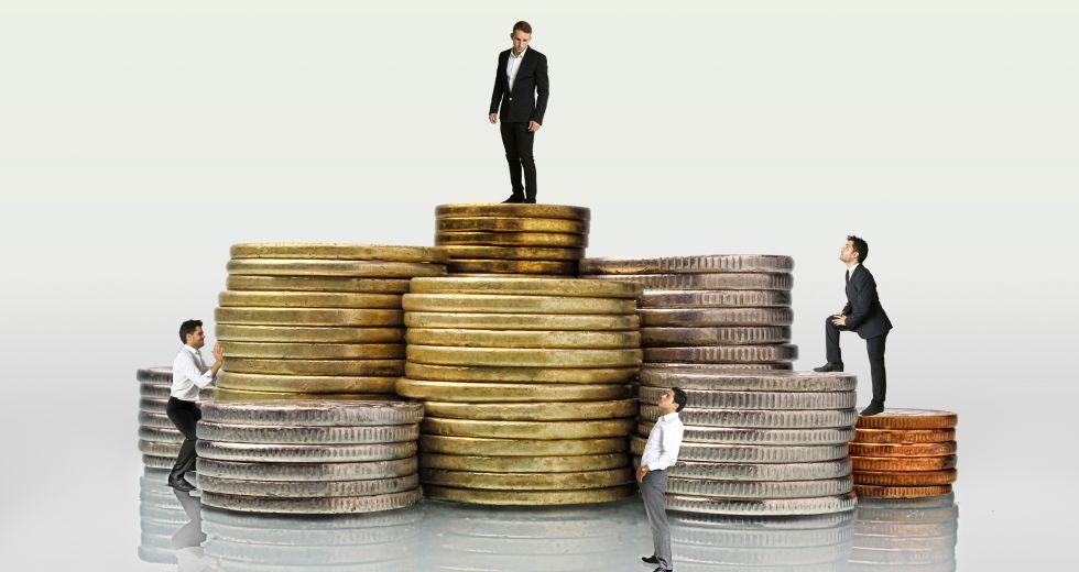 Las diferencias superiores al 50% en los salarios de trabajadores de la misma categoría no están justificadas.