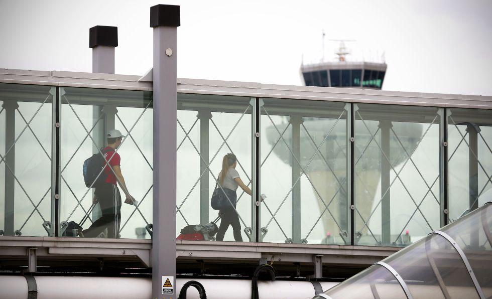 El aeropuerto de Barajas tras la amenza de bomba en un avion