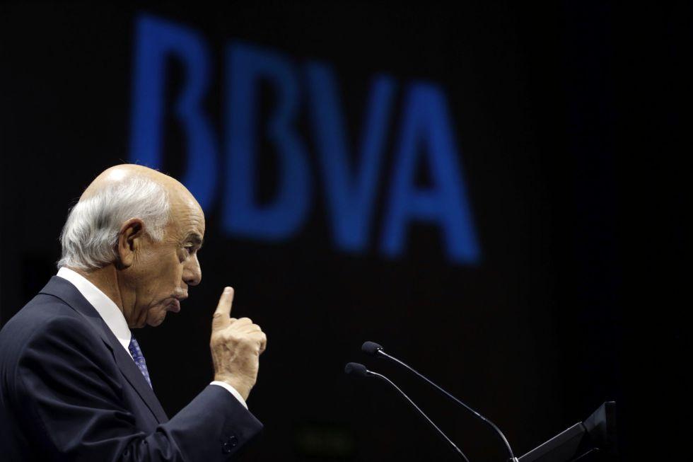 El presidente del BBVA,Francísco Gonzalez, en la rueda de prensa de resultados de 2015 en su sede de Madrid.  EFEJavier Lizón