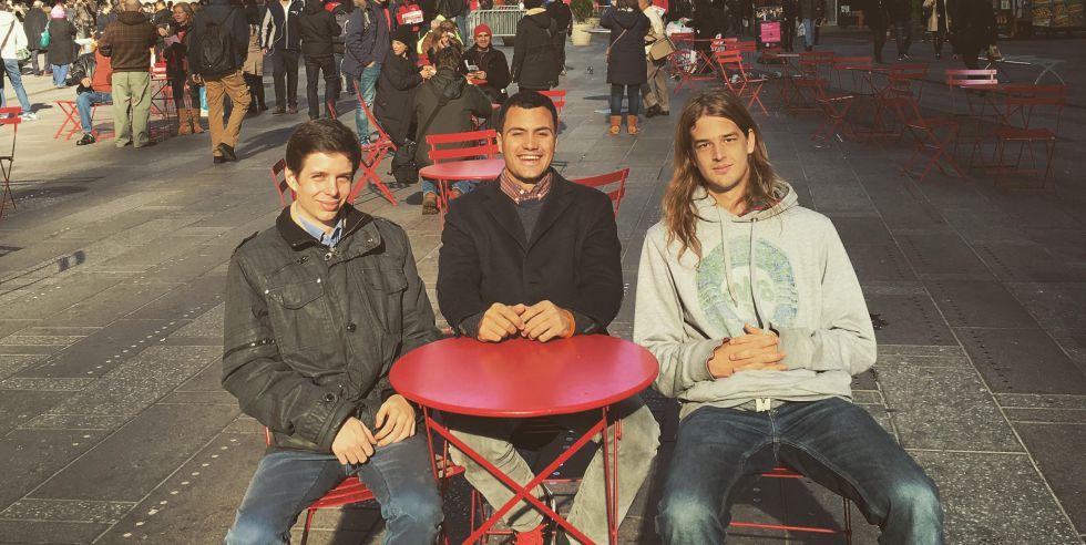 Los emprendedores Borja Rosell, Álex Lopera y Darío Nieuwenhuis, creadores de Verse
