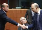 Guindos sugiere al Eurogrupo un cambio en la política fiscal
