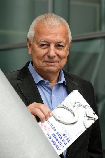Wolfgang Hetzer