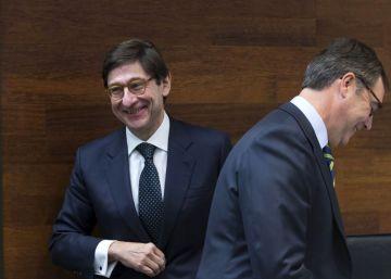 Los despachos de abogados piden cautela ante la decisión de Bankia