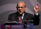"""La OCDE urge a una """"respuesta colectiva"""" por el frenazo económico"""