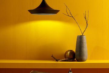 Pintura metalizada con acabado oro para ambientes rústicos y étnicos.