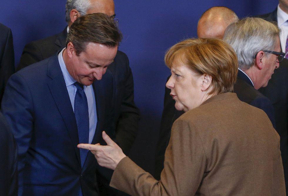 David Cameron, Angela Merkel y Jean-Claude Juncker, la semana pasada en Bruselas.