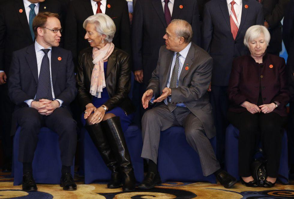 De izquierda a derecha, el presidente del Bundesbank, Jens Weidmann, la directora gerente del FMI, Christine Lagarde, el secretario general del la OCDE, José Ángel Gurria y la presidente de la FED, Janet Yellen.