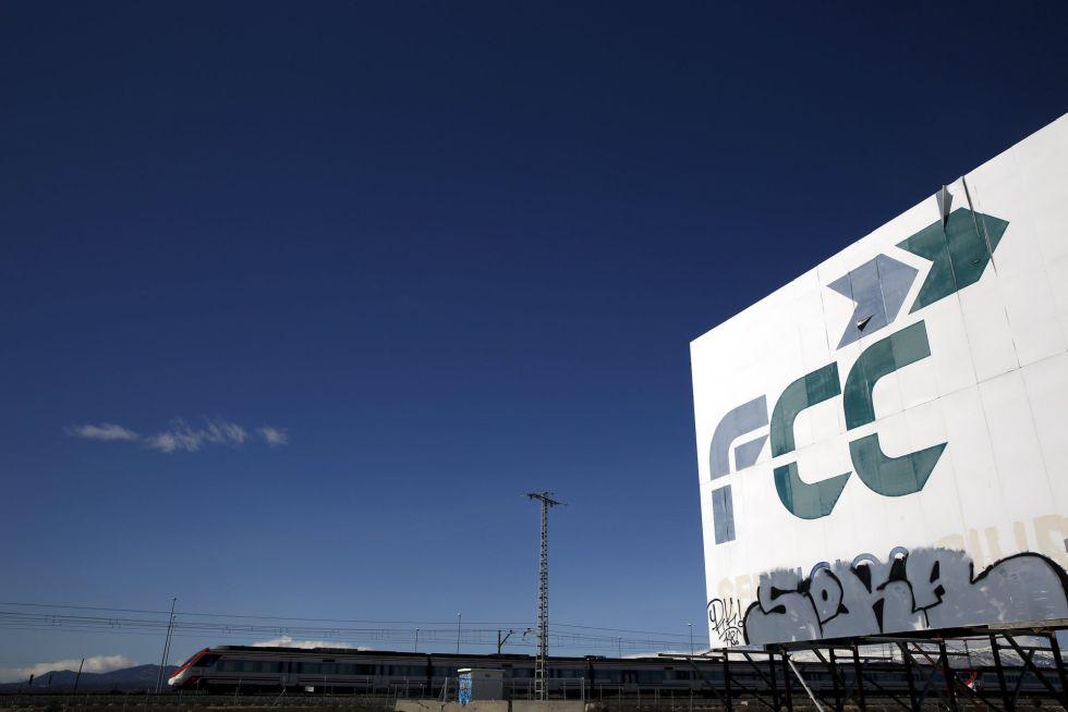 Un cartel de FCC en Tres Cantos, Madrid