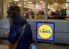 Lidl eleva el salario mínimo de su plantilla a 15.257 euros brutos al año
