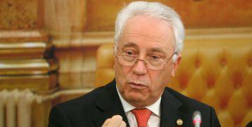 Carlos Costa, gobernador del Banco de Portugal.