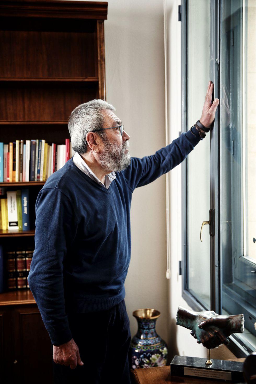 Cándido Méndez, secretario general de UGT en su despacho
