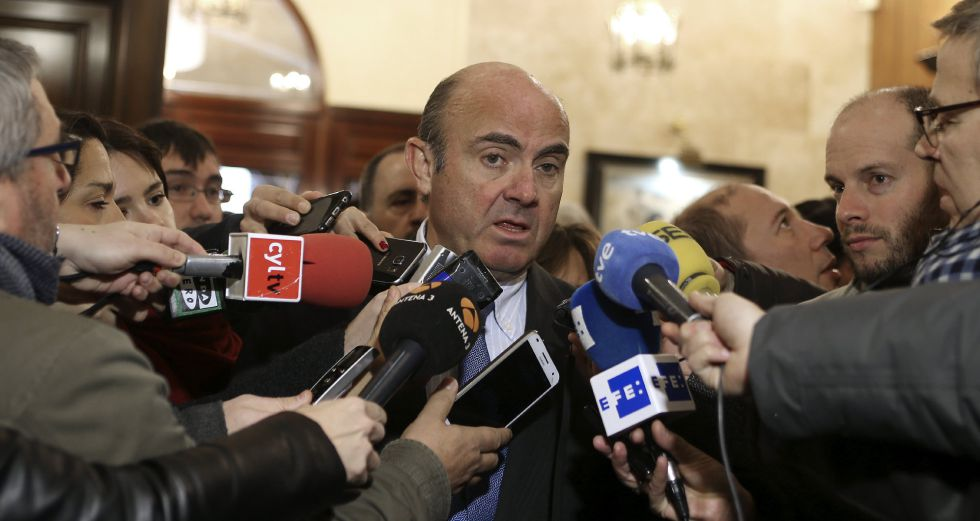 El ministro de Economía en funciones, Luis de Guindos, en Salamanca.