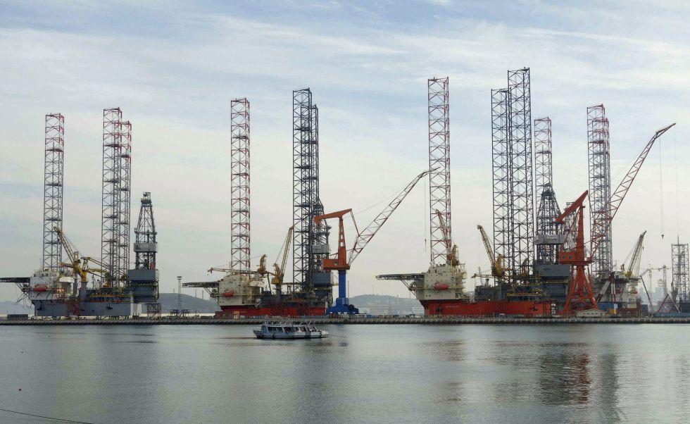 Plataformas petroleras en fase de construcción