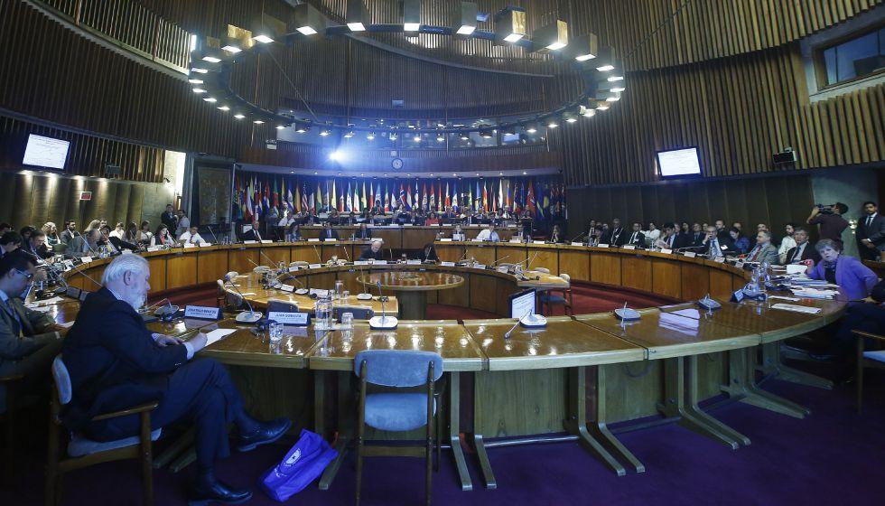 Vista general de la presentación del informe Panorama Fiscal de América Latina y el Caribe 2016