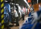 Fabricantes de coches y sindicatos piden mejorar el contrato de relevo