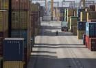 El déficit comercial español se reduce un 8,1% al comienzo del año