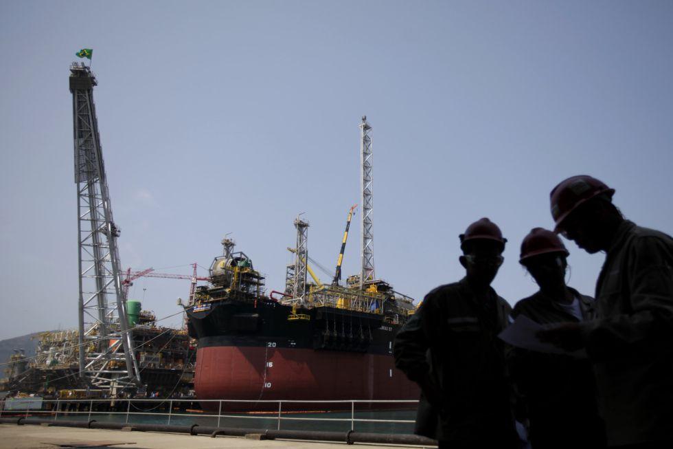 Construcción de una plataforma de Petrobras en Río de Janeiro.