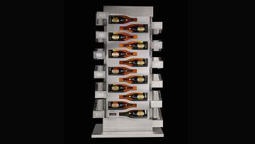 Vinoteca diseñada por Porsche con espacio para 12 botellas de champán magnum de Veuve Clicquo, valorada en 70.000 dólares.