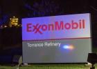 Los Rockefeller venden acciones de Exxon por el cambio climático