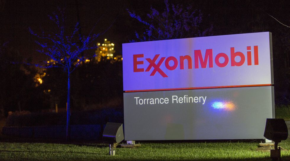 Instalaciones de Exxon Mobil, en Torrance (California).
