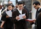 EE UU gana 215.000 empleos en marzo pese a la caída en la industria