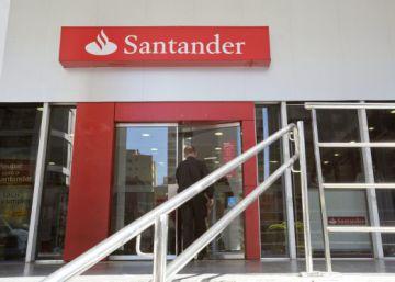 El banco santander plantea un ajuste m ximo de for Oficinas banco santander en roma