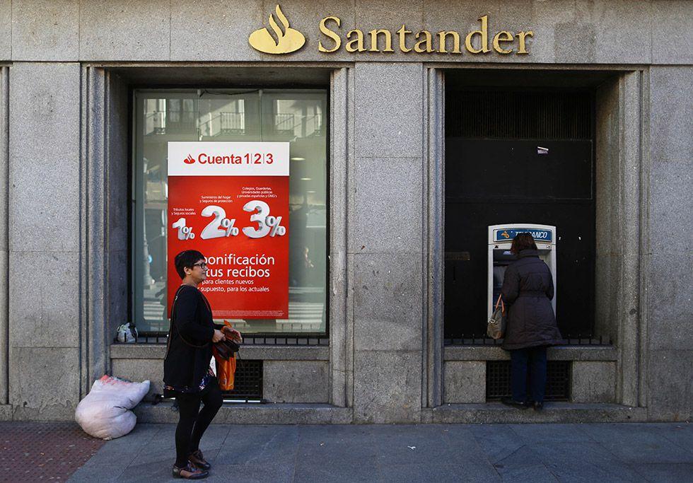 El banco santander plantea un ajuste m ximo de for Oficina 1500 banco santander