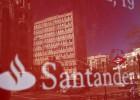 Santander propone que la mitad de las 1.200 salidas sea prejubilaciones