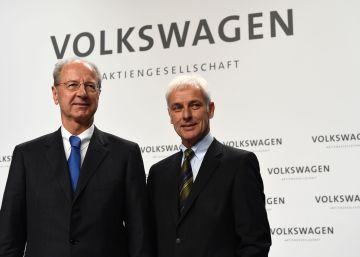La dirección de Volkswagen cede parte de sus bonus por presión