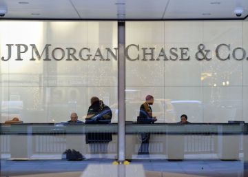 JPMorgan Chase reduce el beneficio por las turbulencias