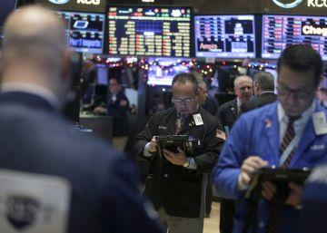 Morgan Stanley reduce a menos de la mitad su beneficio trimestral
