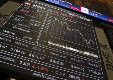 El Ibex cae lastrado por la bajada de BBVA y CaixaBank