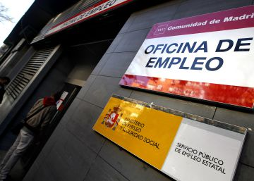 Unemployment drops in April as Spanish job market hits the high season