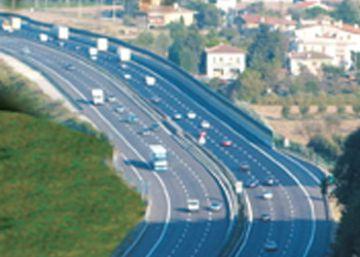 Abertis vuelve a Italia con la compra del 51% de una gestora de autopistas