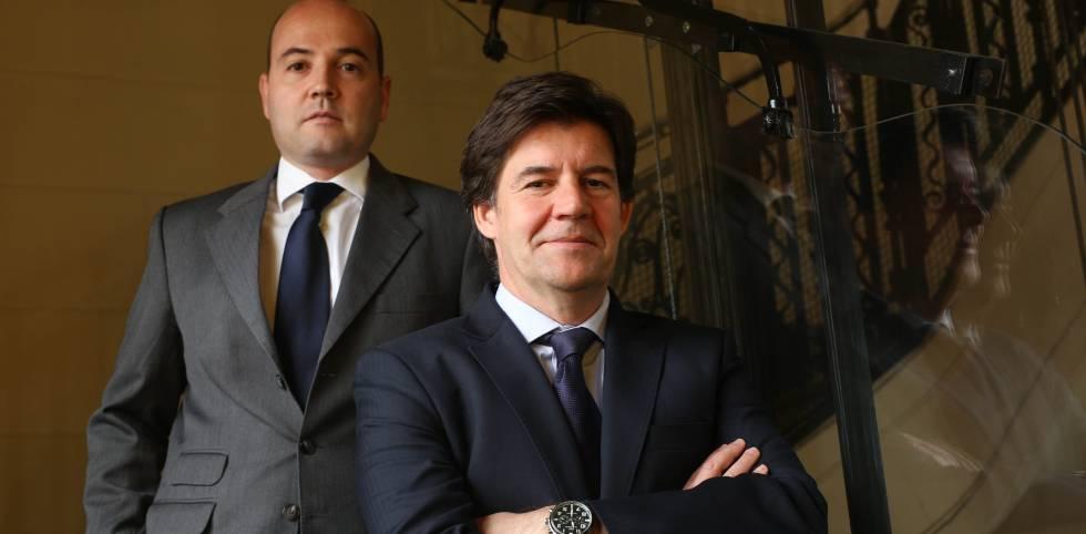 Juan Uguet, en primer plano, y Carlos Val-Carreres, gestores de Lierde