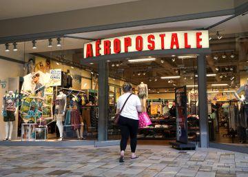 La compra por Internet acaba con las tiendas de marcas juveniles