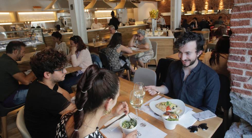 Un icono colombiano del casual food econom a el pa s - Restaurante colombianos en madrid ...
