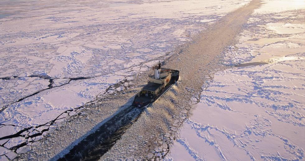 Los rompehielos son claves para asegurar la ruta del Ártico