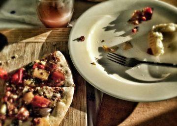 ¿Por qué tiran los españoles tanta comida a la basura?