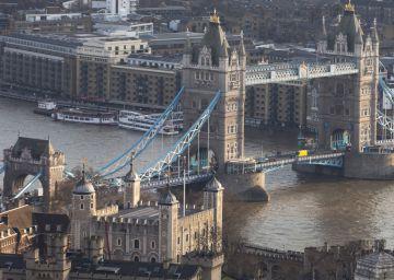 La libra baila al son del 'Brexit'