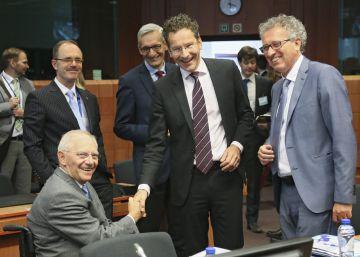 Alemania muestra su malestar con Bruselas por no sancionar a España