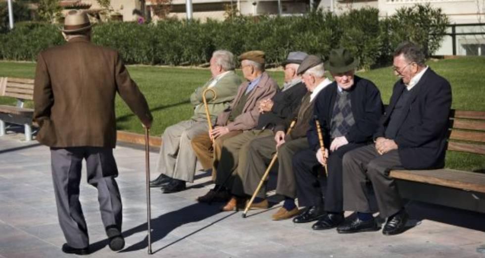 Un grupo de jubilados.