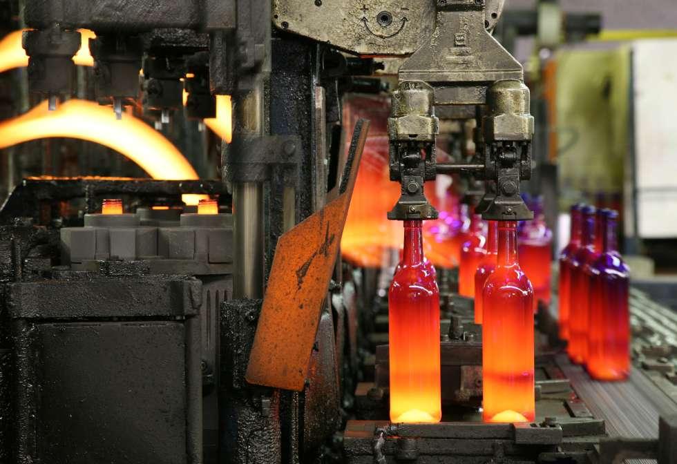 La industria del vidrio tiene cach econom a el pa s - Fabrica de floreros de vidrio ...